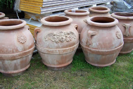 Pottery Tera Cotta Urns and Pottery for garden landscaping